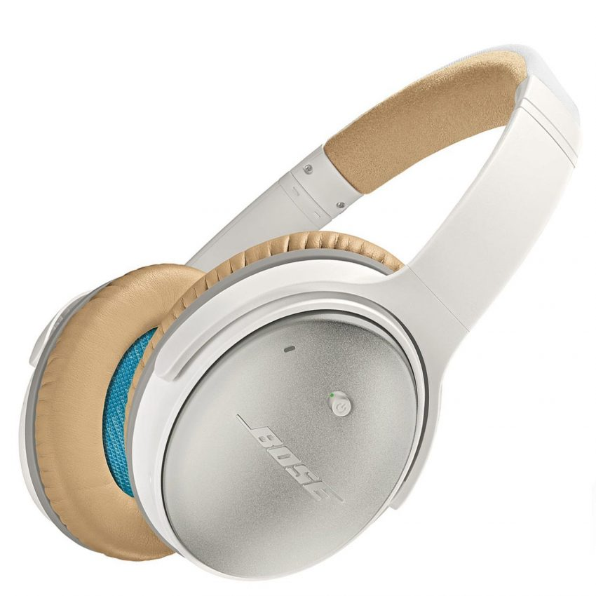 25 Travel Accessories for Women - Bose Noise Cancelling Headphones